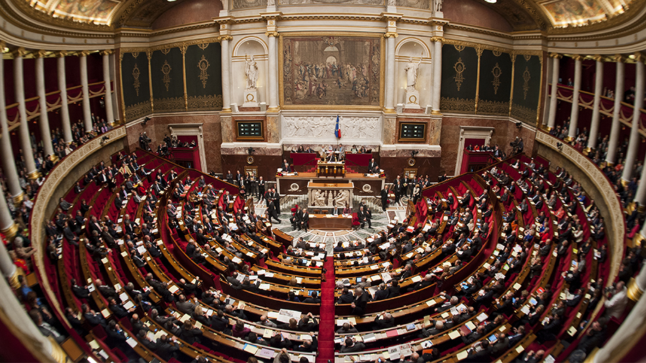hemicycle-plein-vue-panoramique-5733194-jpg